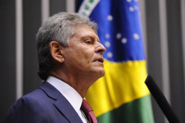 Afonso Motta lamenta mais um escândalo com malas de dinheiro e compras de votos para Brasil sediar Olimpíadas de 2016