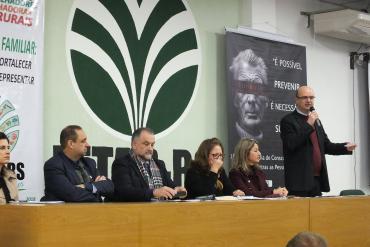 Burmann participa da abertura do 43º Encontro de Conselhos Municipais do Idoso