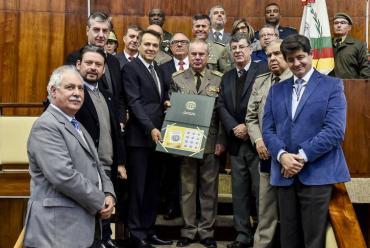 No Grande Expediente, Bacci destaca os 100 anos do Tribunal de Justiça Militar do RS