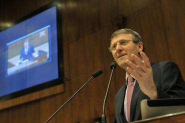 Sossella comemora recursos para Colégio Antonio Scussel de Getúlio Vargas