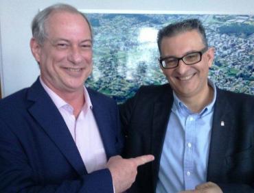 Coletiva com Ciro Gomes e Jairo Jorge