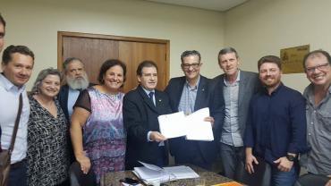 Jairo Jorge registra sua pré candidatura a Governador